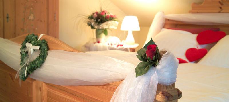 Beispiel: Hochzeitssuite, Foto: Landhaus Geliti.