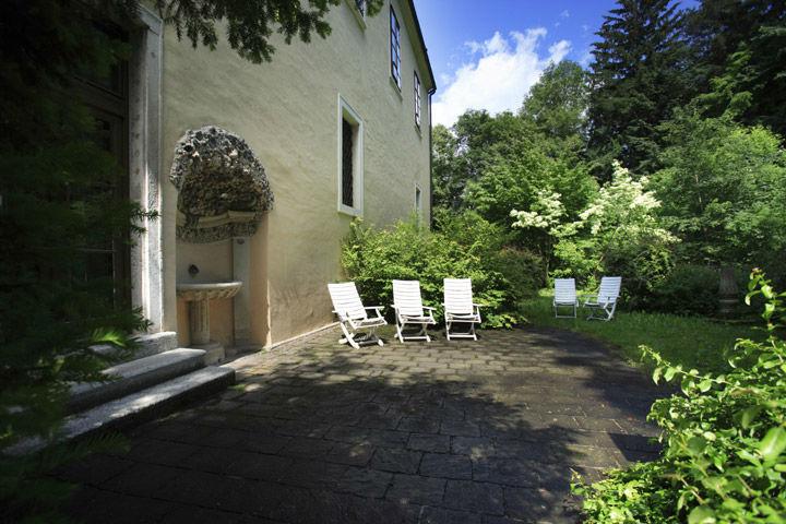 Beispiel: Außenansicht, Foto: Schlosshotel Obermayerhofen.
