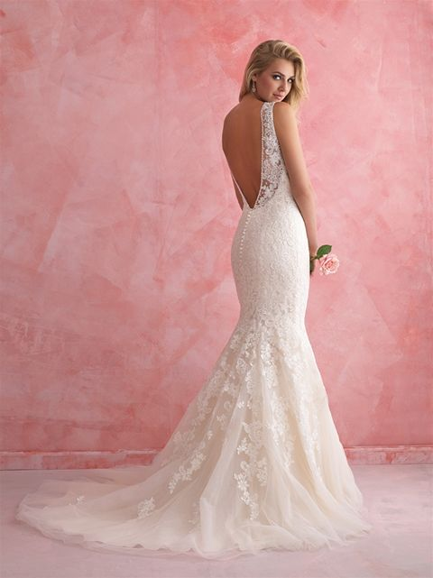 Marca: Allure Bridals. Modelo: 26807 - espalda.