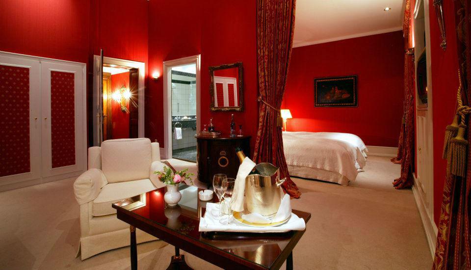 Beispiel: Suite, Foto: Schlosshotel Hugenpoet.