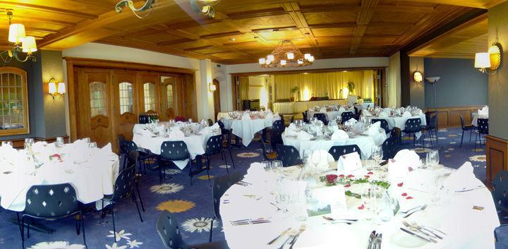 Beispiel: Bankettbestuhlung, Foto: Hotel FloraAlpina.