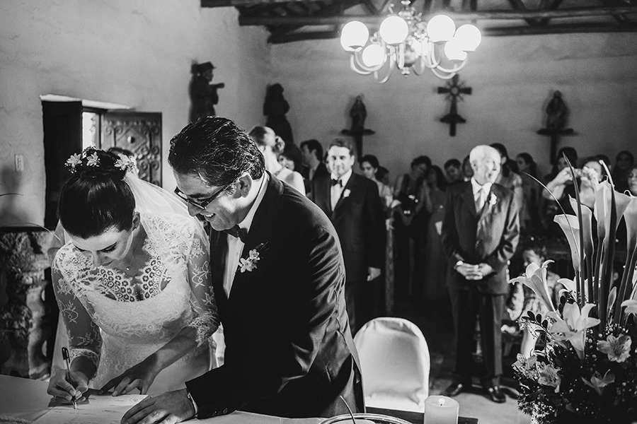 Joanna Pantigoso Wedding Photographer