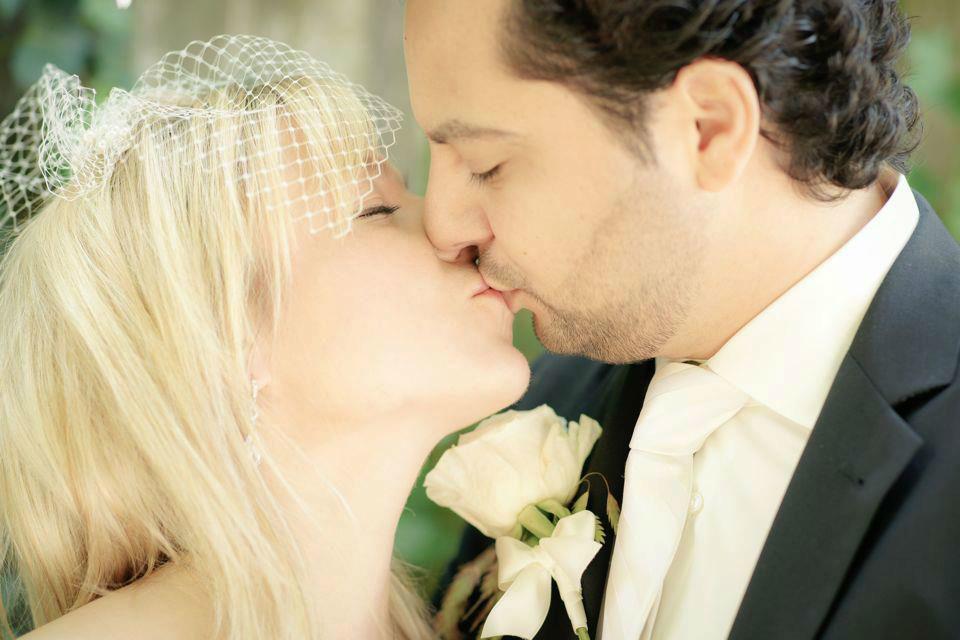 Beispiel: Einzigartige Fotos von Ihrer Hochzeit, Foto: Andrea Kuehnis Photography.