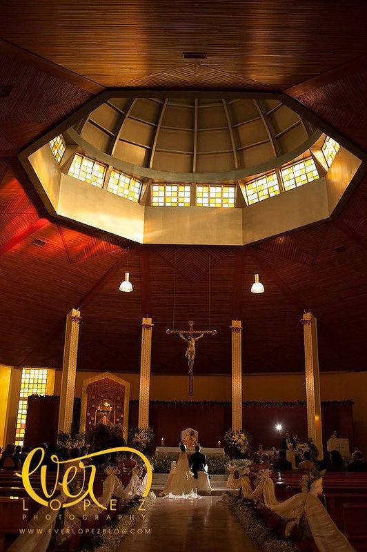 Fotos boda templo nuestra señora de Bugambilias Guadalajara Jalisco Mexico.  Benavento Salon de eventos.  Fotografia de boda por fotografo profesional de bodas Ever Lopez