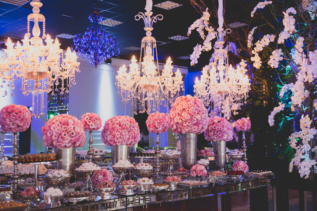 Mesas de doces casamento Infinity Blue Resort, SC. Foto: Noz Fotografia
