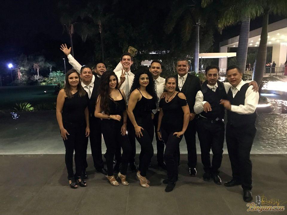 Eleganzza Grupo Versátil