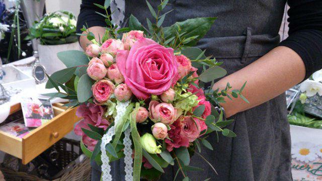 Beispiel: Blumen für die Braut, Foto: MauerBlümchen.