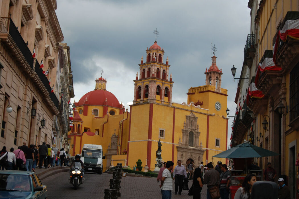 La ciudad de Guanajuato os envolvera con su magia y su cultura gastronomica