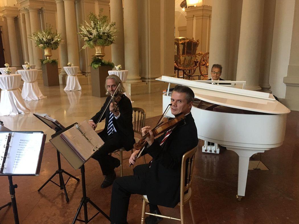 Hochzeit Streichquartett und Klavier