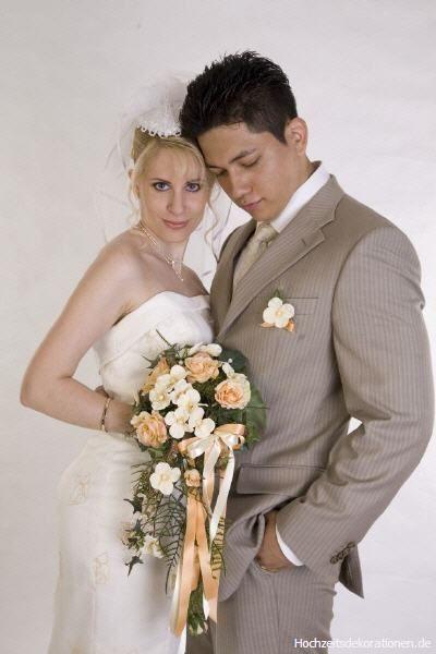 Beispiel:Standesamtlicher Brautstrauß, Foto: Hochzeitsdekorationen.de