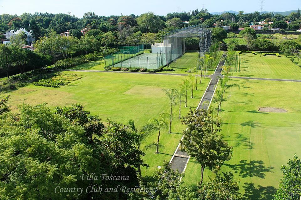 Villa Toscana Country Club & Residence