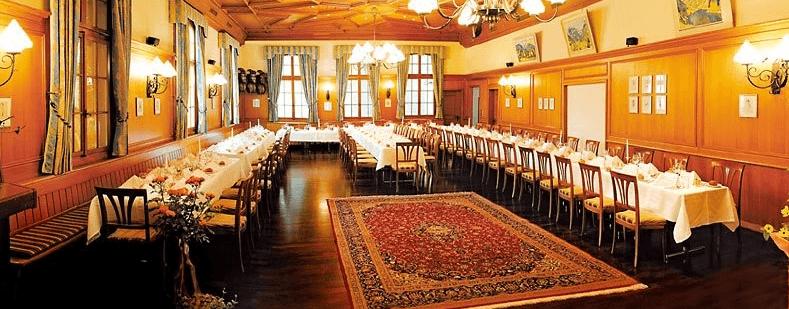 Beispiel: Tischanordnung, Foto: Romantik Hotel Säntis.