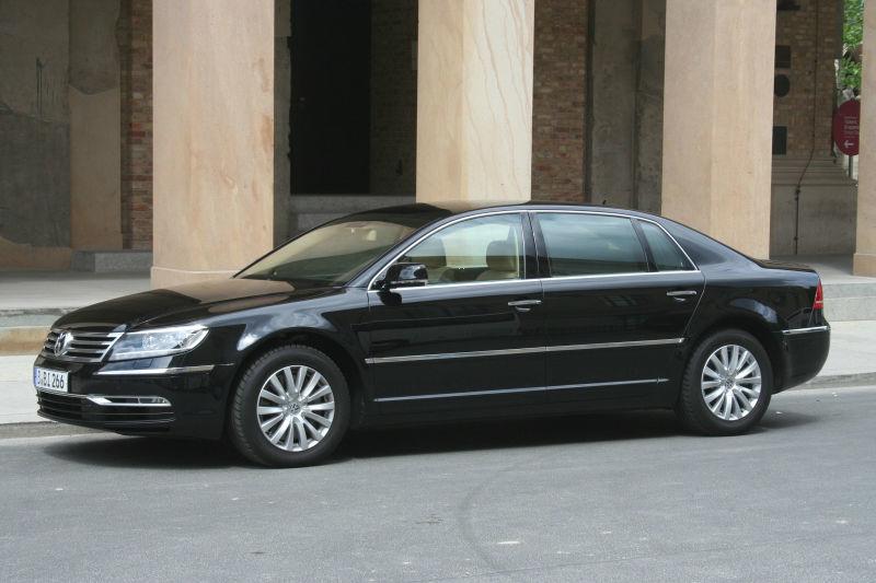 Beispiel: Ihre Hochzeitslimousine, Foto: BBI Limousine.