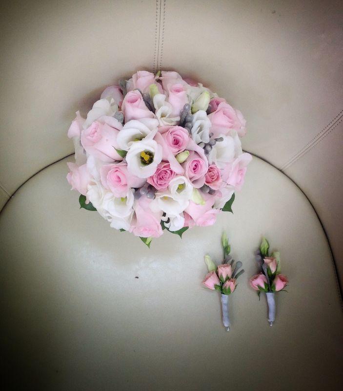 Bouquet romántico en tonos pastel