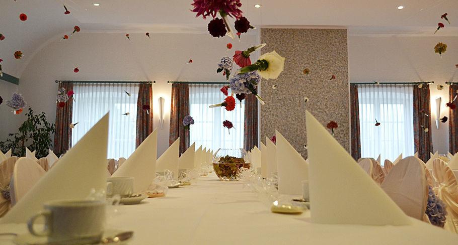 Beispiel: Dekoration, Foto: Hotel Gasthaus Adler.