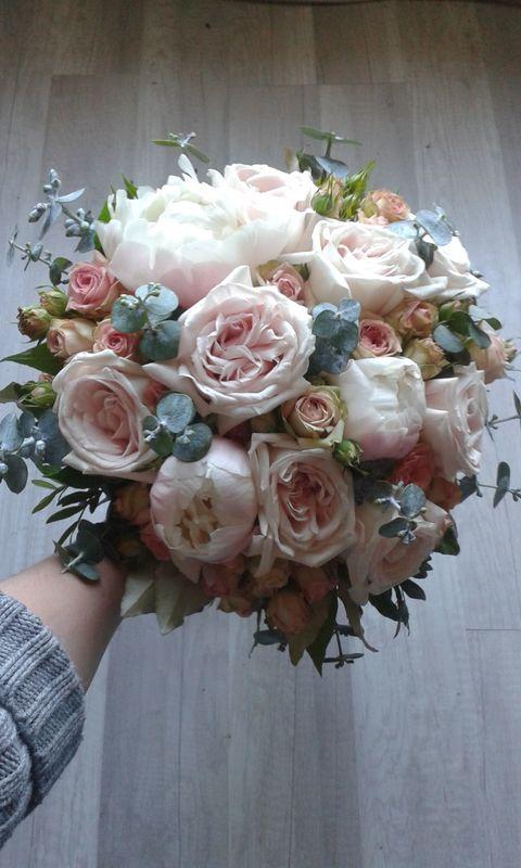 Bouquet de roses anciennes/Estelle Leclerc
