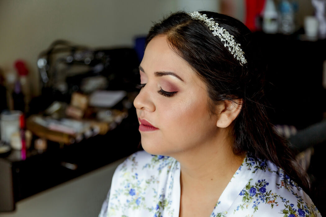 Ale Guibert - Makeup Artist