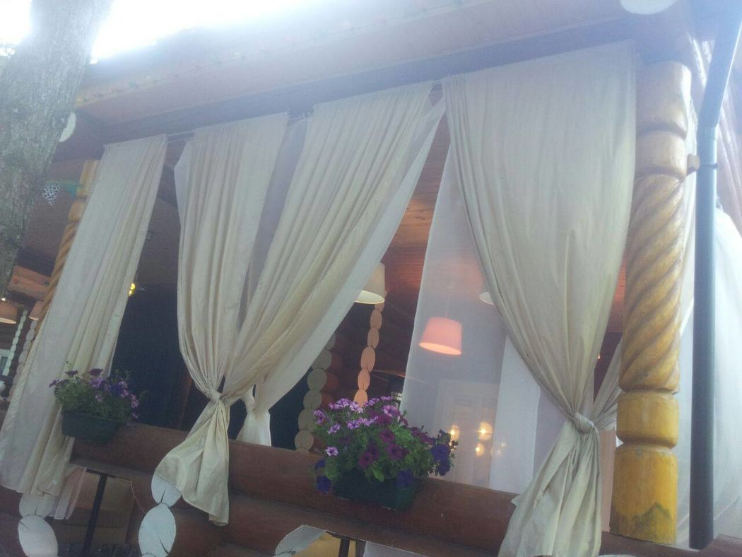Ресторан «ИЗБУШКА»