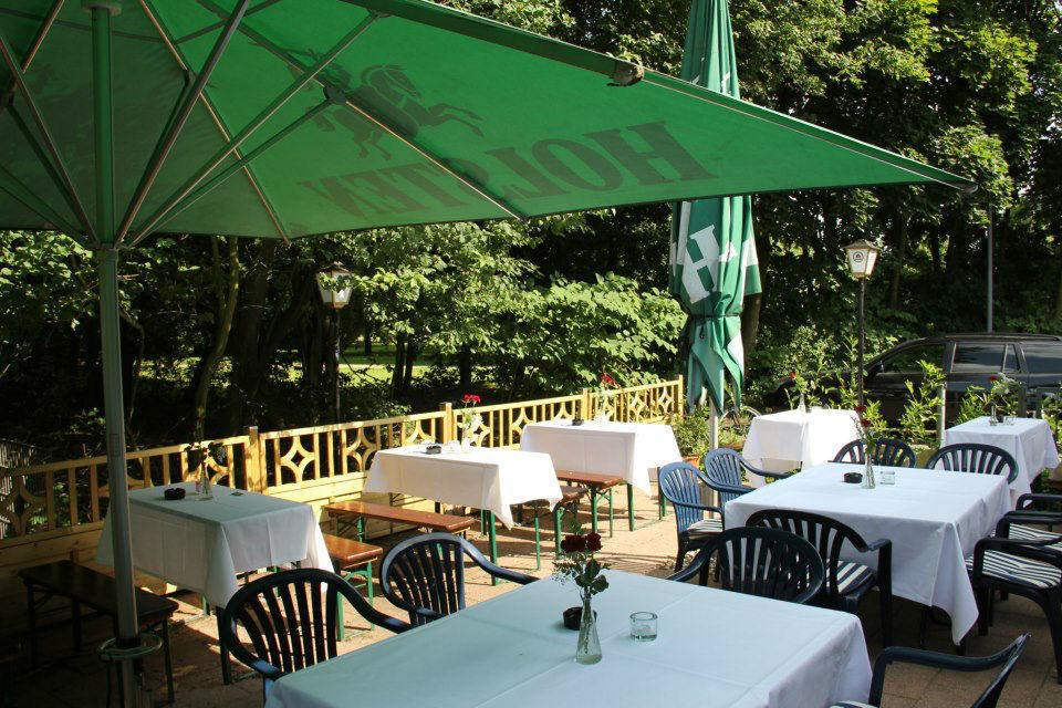 Beispiel: Terrasse, Foto: Clubhaus Bramfelder SV.