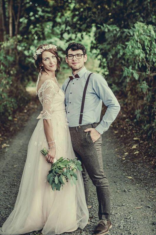 Unsere  Holzfliege Exue macht jede Hochzeit im Boho-Stil zu etwas ganz Besonderem