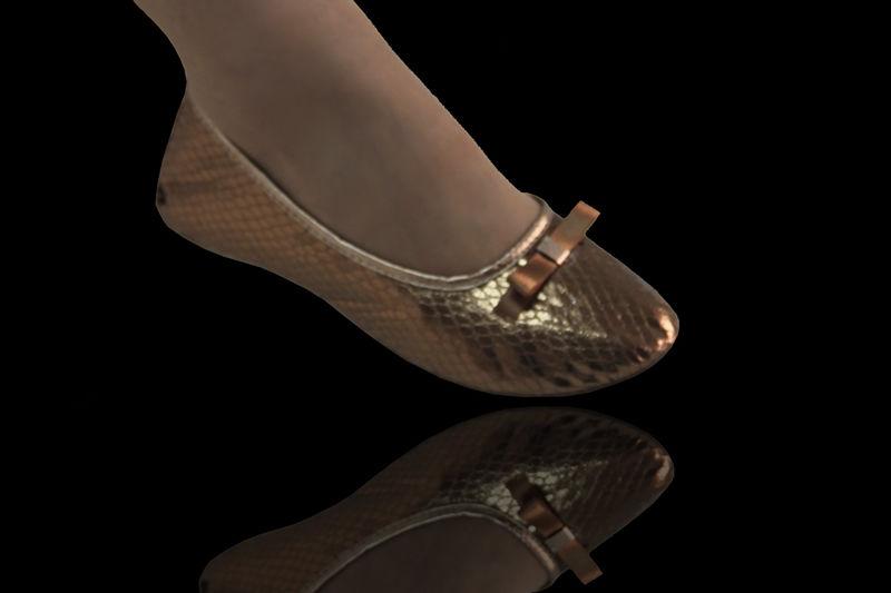Serie Top Tecido Cobra Bronze com Laço Chanel