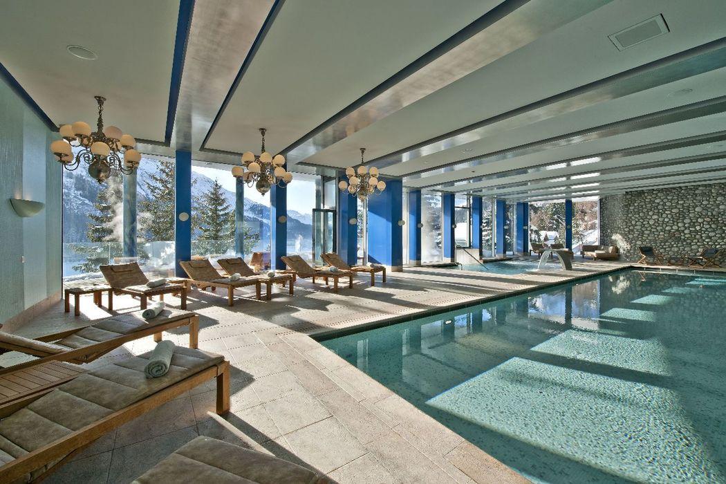 Carlton Spa Indoor Pool