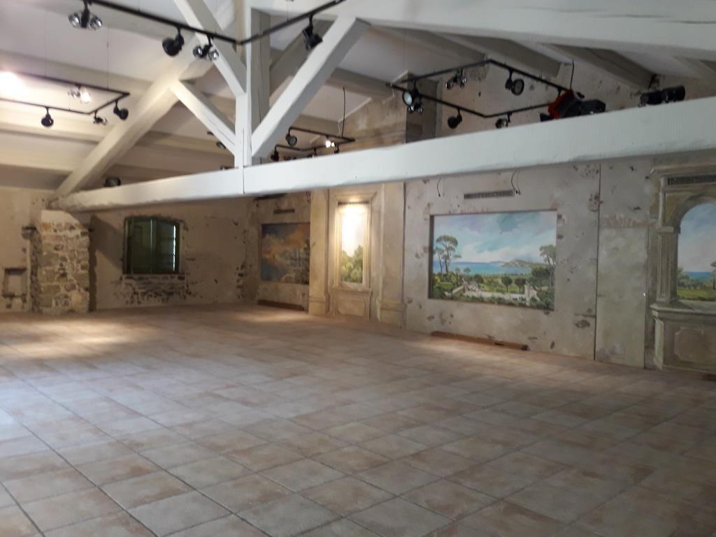 Salle de réception 150m²