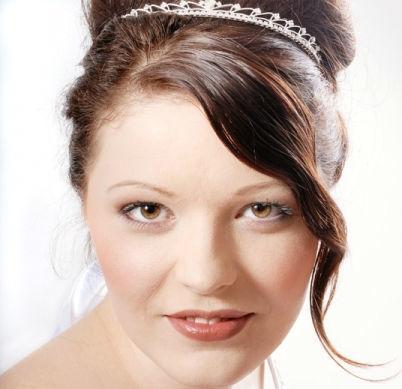 Beispiel: Die gestylte Braut, Foto: Beautyside.net.