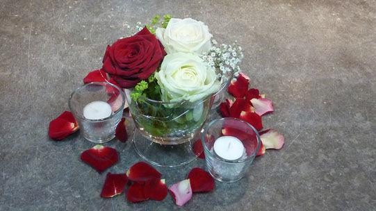 Beispiel: Hochzeitsfloristik, Foto: Blumenhaus Nagengast.
