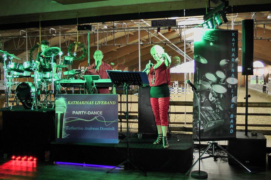 Beispiel: Band, Foto: Katharinas Liveband.