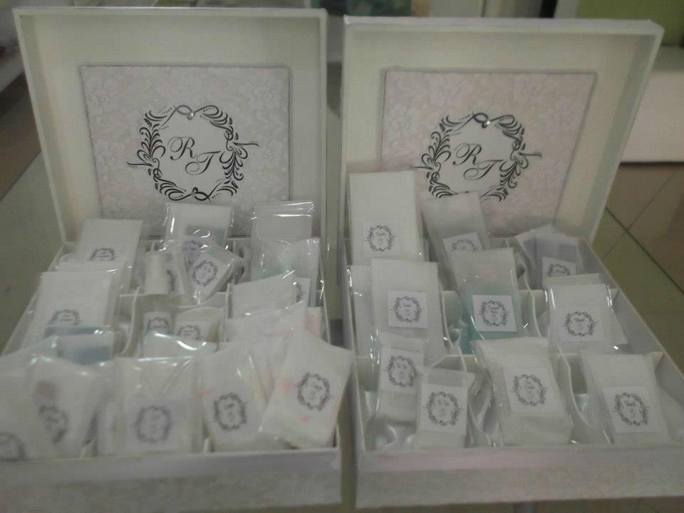 Kit Toalete - caixa em renda.