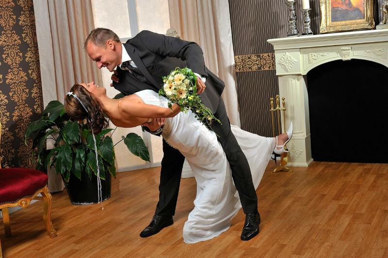 Beispiel: Hochzeitsfotos der besonderen Art, Foto: Tom River Photography.