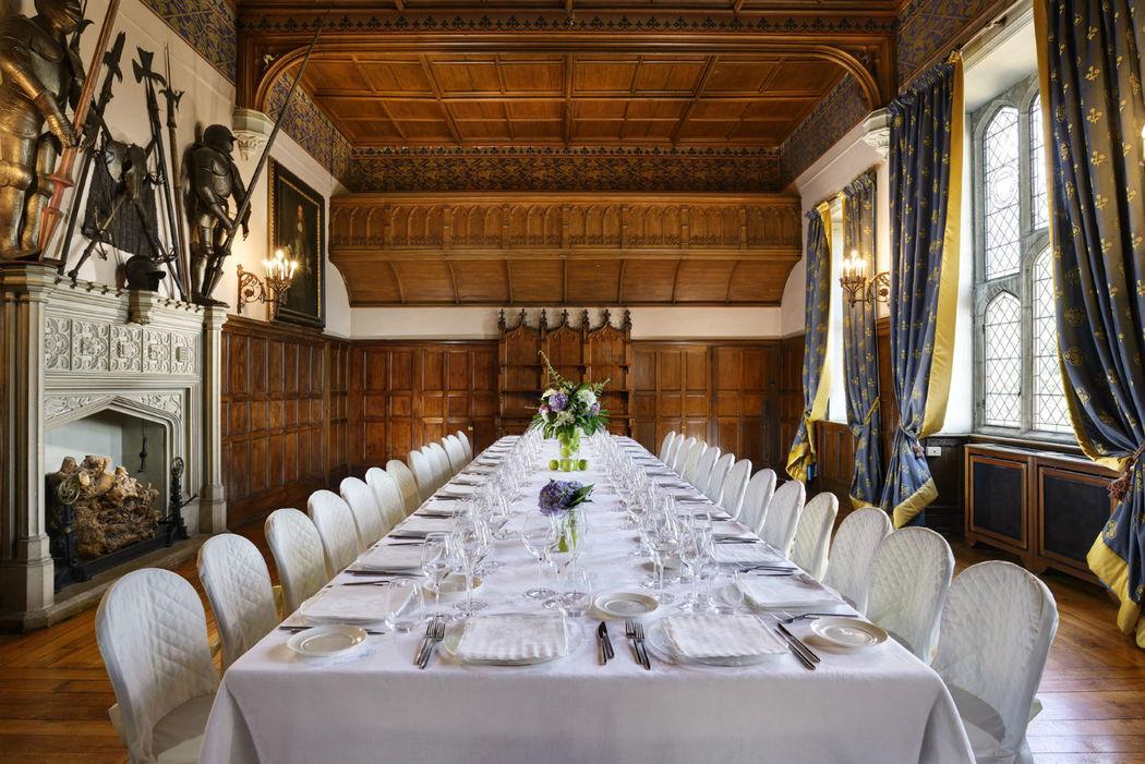 Tavolo imperiale allestito nella Sala delle Armi - Castello