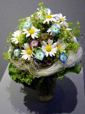 Beispiel: Brautstrauss, Foto: Blumen Wesemeyer.