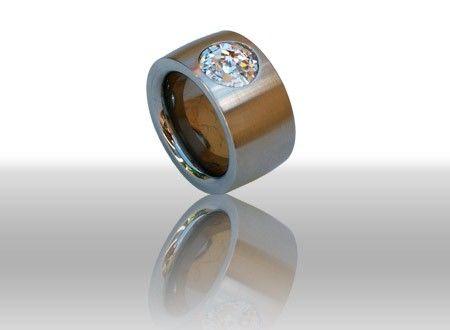 Beispiel: Ring Swarovski Perle, Foto: DiWe Design.