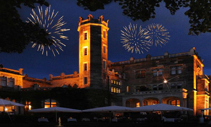 Beispiel: Feuerwerk, Foto: Schloß Eckberg.