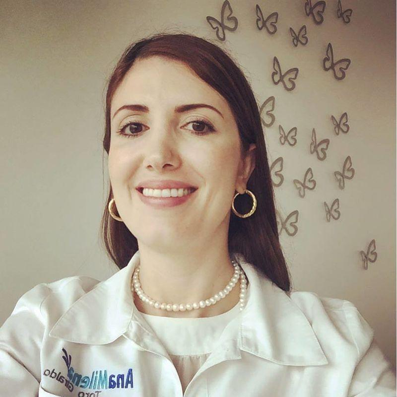 Dermatóloga Ana Milena Toro Giraldo
