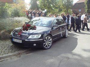 Beispiel: Hochzeitsauto, Foto: Hotel am Rosenplatz.