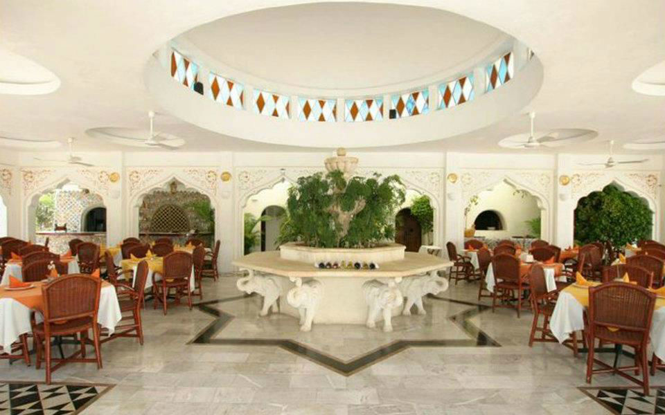 Hotel Aldea Del Bazar