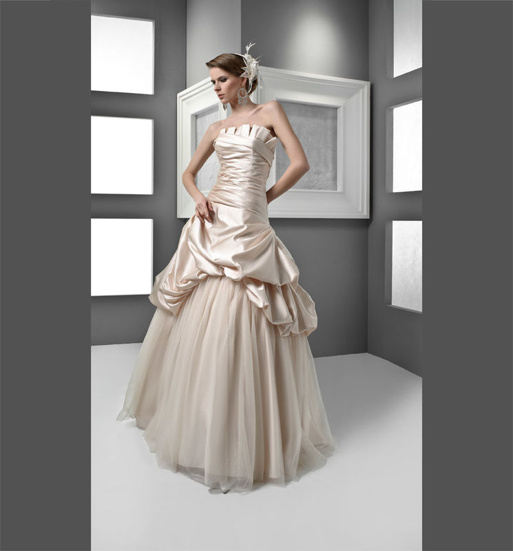 abiti da sposa colorati - le nuove idee per il matrimonio