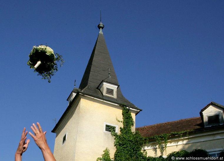 Beispiel: Brautstrauß, Foto: Schloss Mühldorf.
