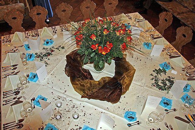 Beispiel: Festliche Tischdekoration, Foto: Paiser Catering.