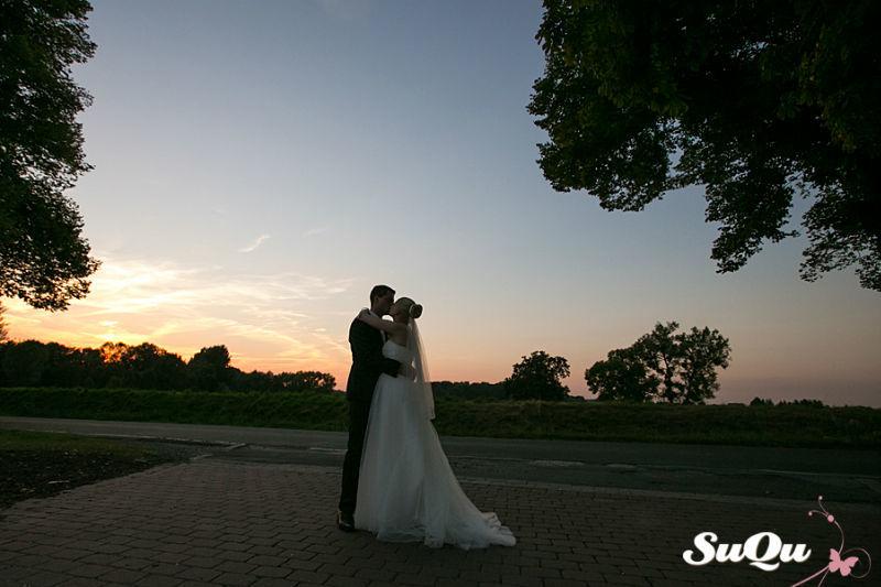 Beispiel: Romantische Hochzeitsfotos, Foto: SuQu-Fotodesign.