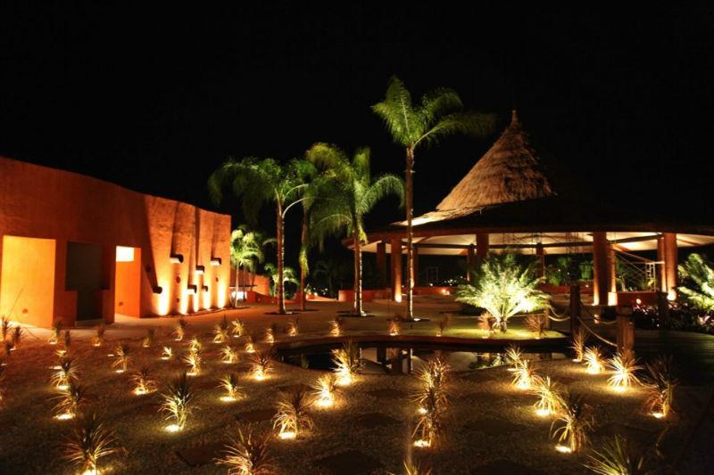 Las noches de Rojo Azafrán son de otro mundo! La iluminación es realmente maravillosa- Foto Rojo Azafrán