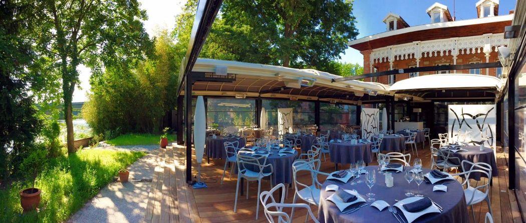 Terrasse en bord de Garonne