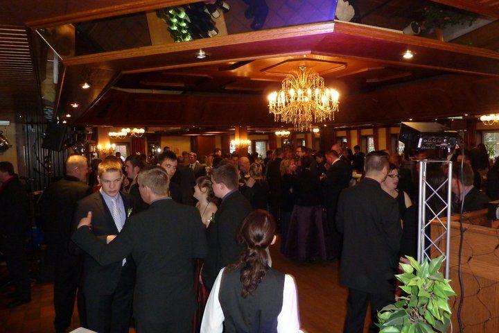 Beispiel: Tanzfläche, Foto: AKZENT Hotel Zur Grünen Eiche.