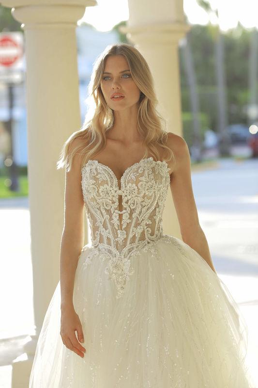 BELLA SPOSA Der Designer Brautkleider Shop