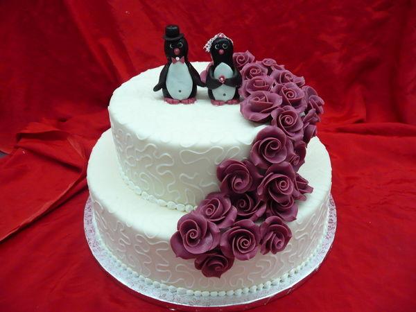 Beispiel: Hochzeitstorte - Pinguine, Foto: Cafe Kiess.
