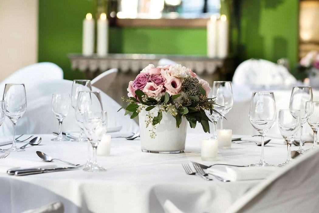 Beispiel: Tischdekoration, Foto: Gastwerk Hotel.