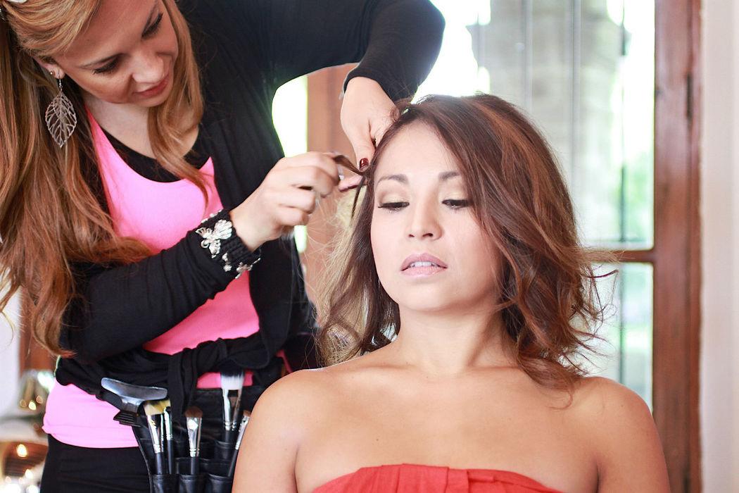 Brides Makeup & Style Salón